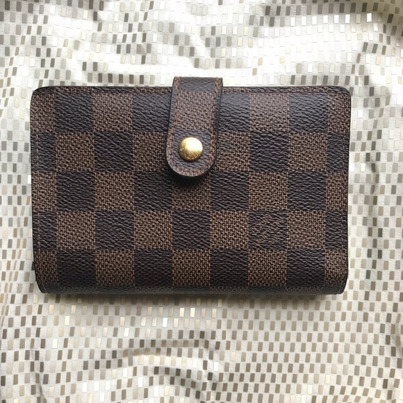 Louis Vuitton Handbags - Louis Vuitton Damier Ebene Kisslock Wallet